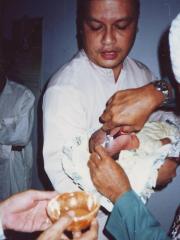 Kyai Ulum, Akikah Ihsan, 2004, potong rambut